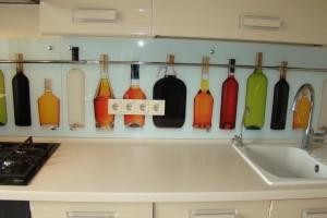Стеклянные фартуки для кухни в Санкт-Петербурге недорого